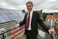 Nettoyage et démontage de l'installation photovoltaïque du CIS à Alleur ce 30 mai.