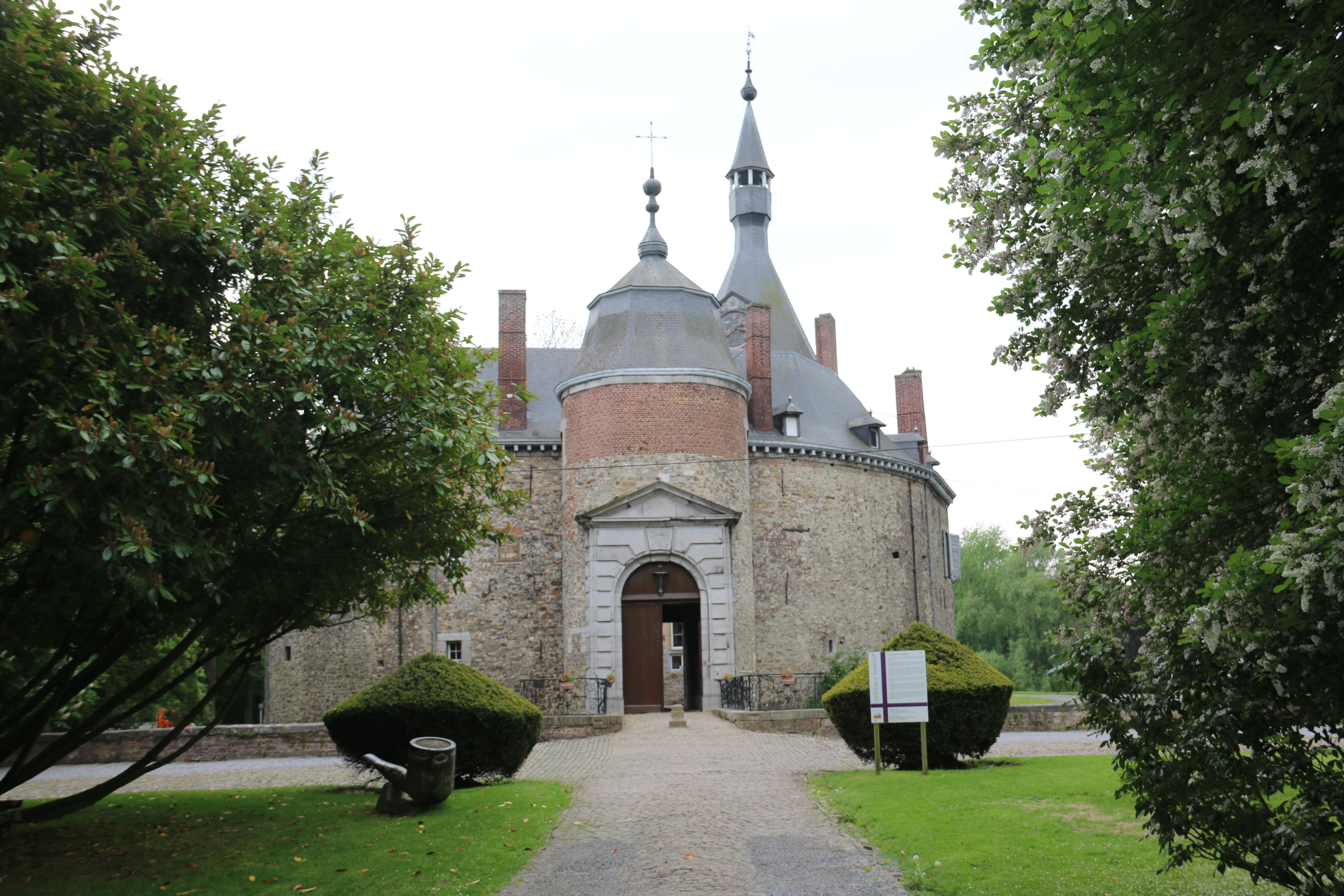Le château de Waroux